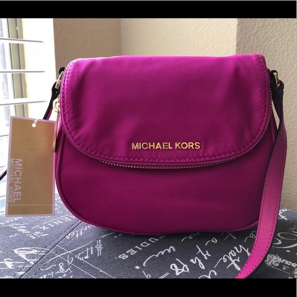 067a1fdfb641 Michael Kors Bags | Nwt Bedford Pink Flap Crossbody | Poshmark